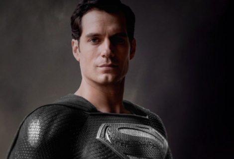 Liga da Justiça: Henry Cavill nega que fará novas cenas com Zack Snyder