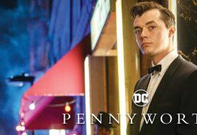 Ator de Pennyworth acredita que o mordomo poderia derrotar o Batman
