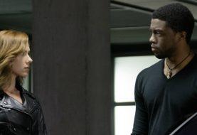 Pantera Negra teve traje melhorado por causa da Viúva Negra, diz livro