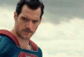 Liga da Justiça: bigode de Henry Cavill vira piada no HBO Max