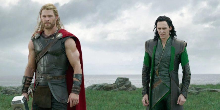 Tom Hiddleston relembra primeiro encontro com Chris Hemsworth